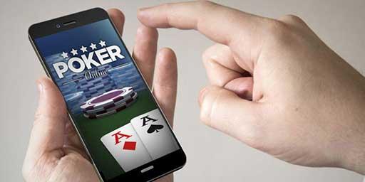 online-poker-smartphone